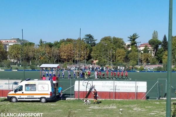 L'ingresso delle squadre in campo