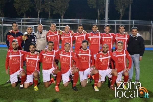 Una formazione biancorossa all'inizio della stagione 2015-2016 (foto da zonalocale.it)