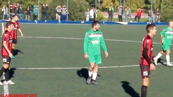 Admir Vasiu in campo a Lanciano con la maglia del Roccaspinalveti