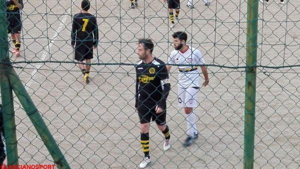 Torres esce dal campo dopo la partita vinta dalla Marcianese a Vasto