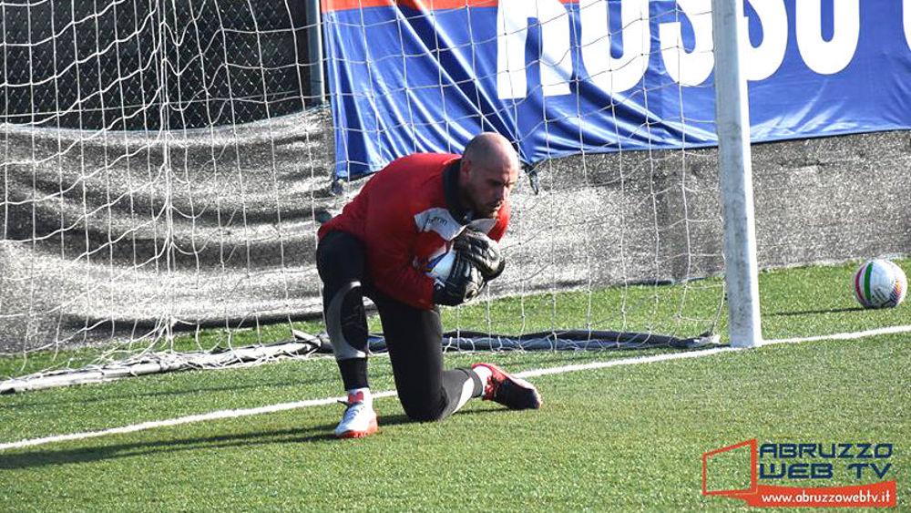 Il club rossonero punta sul portiere lancianese Di Vincenzo