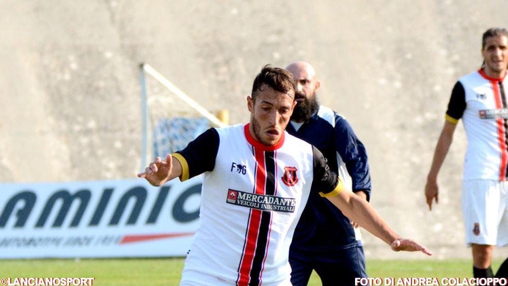 Antonio Petrone e la scommessa rossonera sulle note di J-Ax
