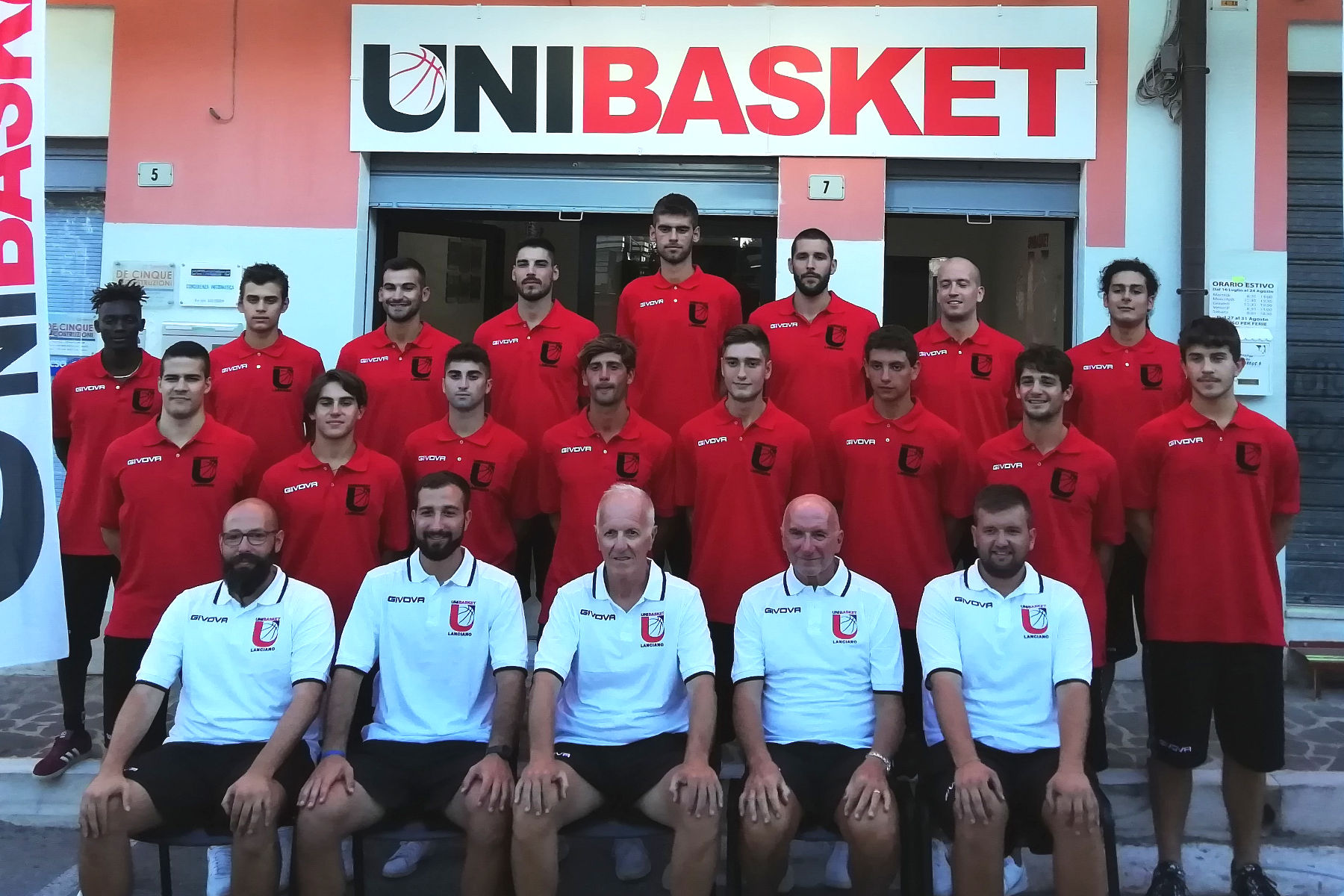L'Unibasket Lanciano adotta i colori rossoneri: l'obiettivo è vincere in Serie C Gold