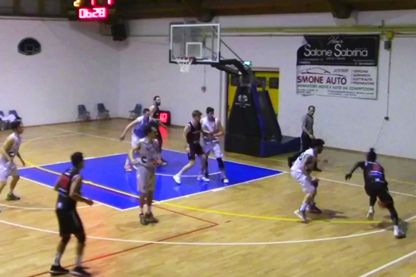 L'Unibasket sfiora l'impresa in casa della Vigor Matelica