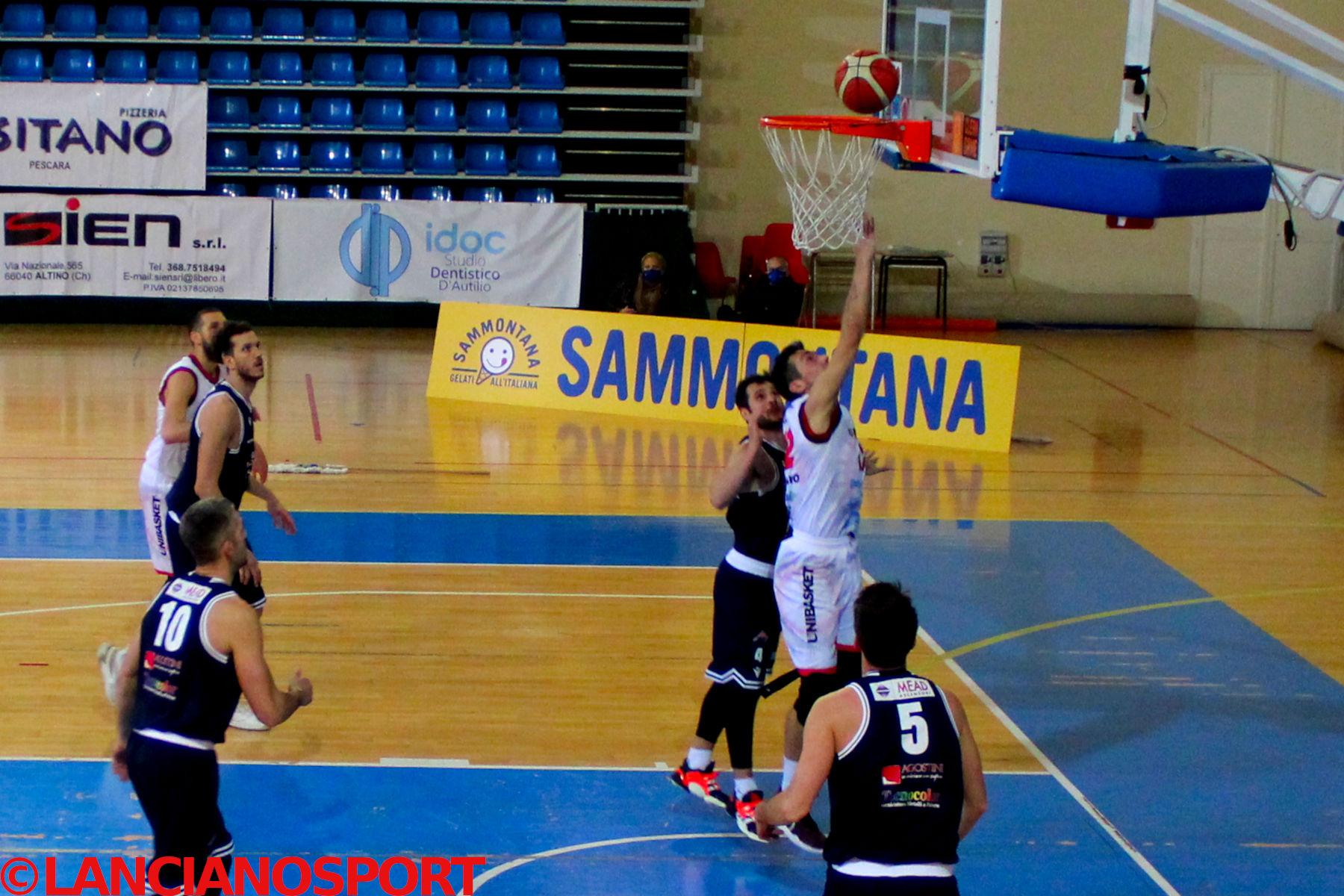 L'Unibasket fallisce la rimonta nel finale, il debutto in C Gold sorride alla Bramante 📸