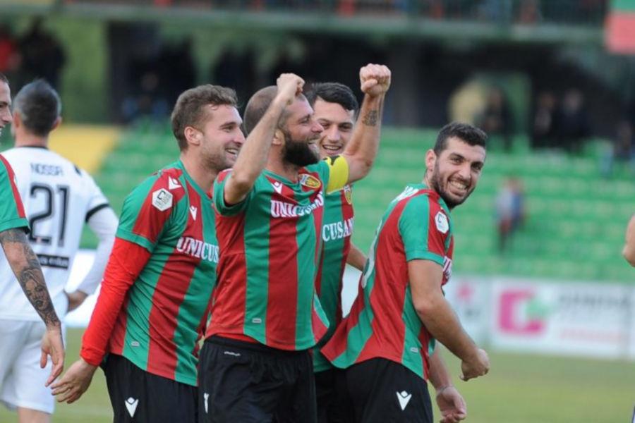 Mammarella, Paghera e Leone festeggiano il ritorno in B con la Ternana
